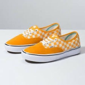 🐬 Vans ComfyCush Authentic Skate Shoes Checker